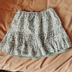 UO✨Floral Mini Skirt